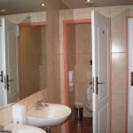 wastafels en toiletten